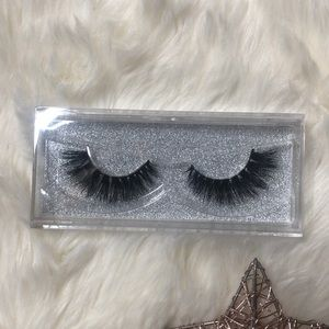 Other - 🔮MINK FLUFFY LASHES🔮